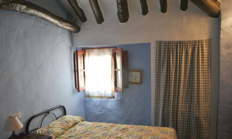 casa pequeña dormitorio 2 (2)
