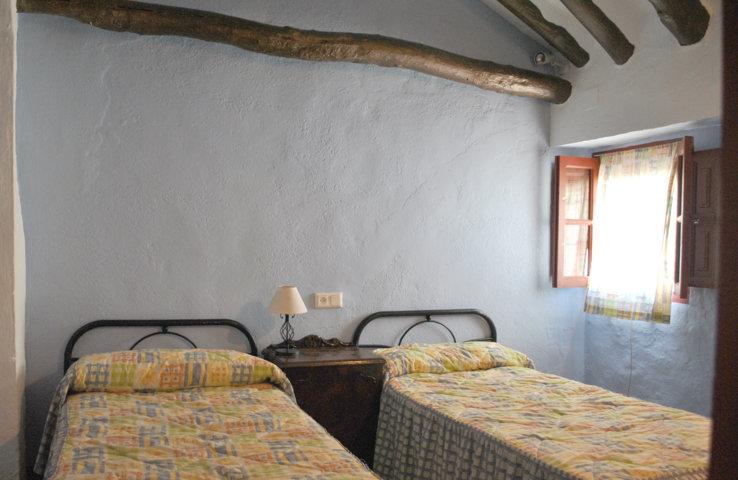 casa pequeña dormitorio 2