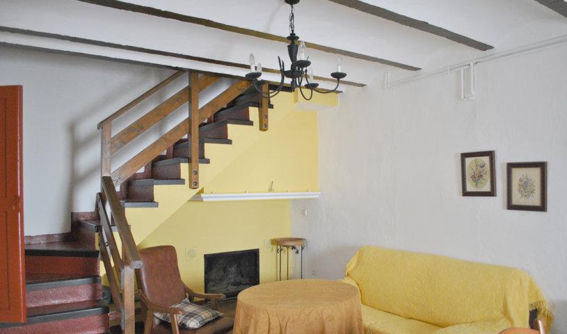 casa pequeña salón 1